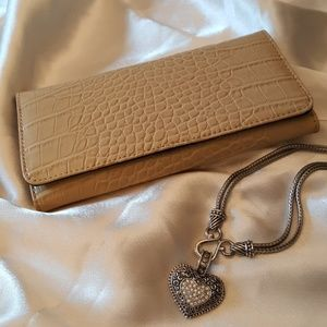 Brand  New Wallet faux alligator style